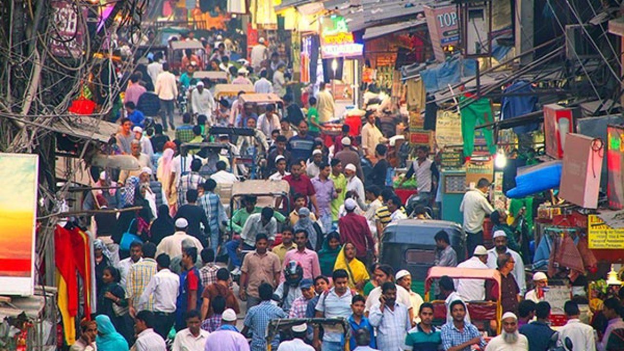 Chandni-Chowk-Shopping-In-Delhi.jpg